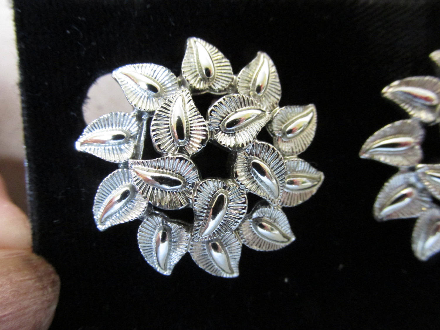 How to Choose a Good Reliable Silver Supplier and Save Money